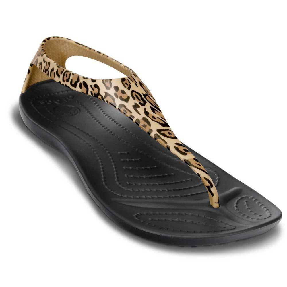 97e343310a8b Crocs Sexi wild buy and offers on Swiminn