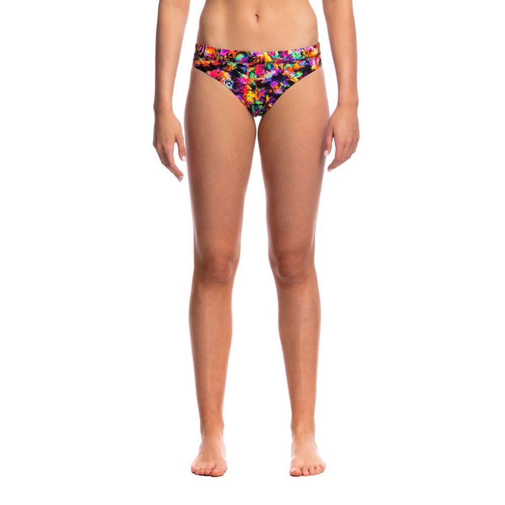 bikinis-et-tankinis-sports-brief